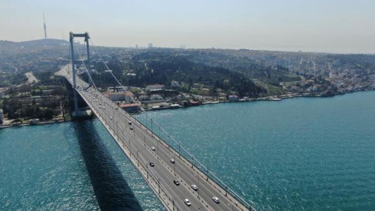 İstanbulBoğazı rengiyle büyüledi